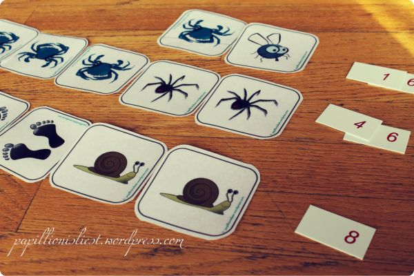Zuordnungsspiel One is a snail, Ten is a crab